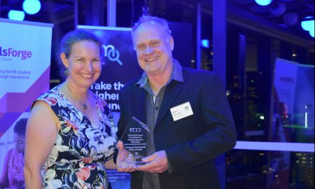 Professor Rod Barrett receives his Excellence in HDR Supervision Award